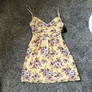 French Style!! NWT Forever 21 Floral Mini Dress
